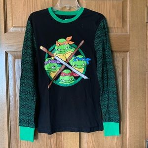 Tops - TMNT long sleeve shirt
